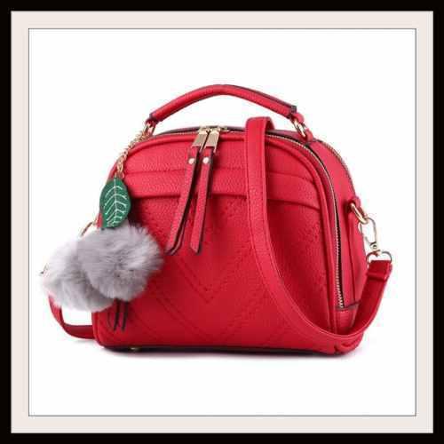 c0fb382ed9cb3 Kleine Damentasche in Rot